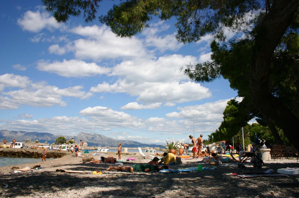 Zdjęcia: Trpanj, Półwysep Peljesac, Miejska plaża, CHORWACJA