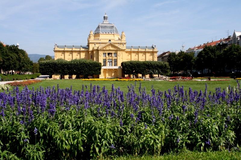 Zdjęcia: Zagrzeb, Pawilon Sztuki Plac króla Tomislava, CHORWACJA