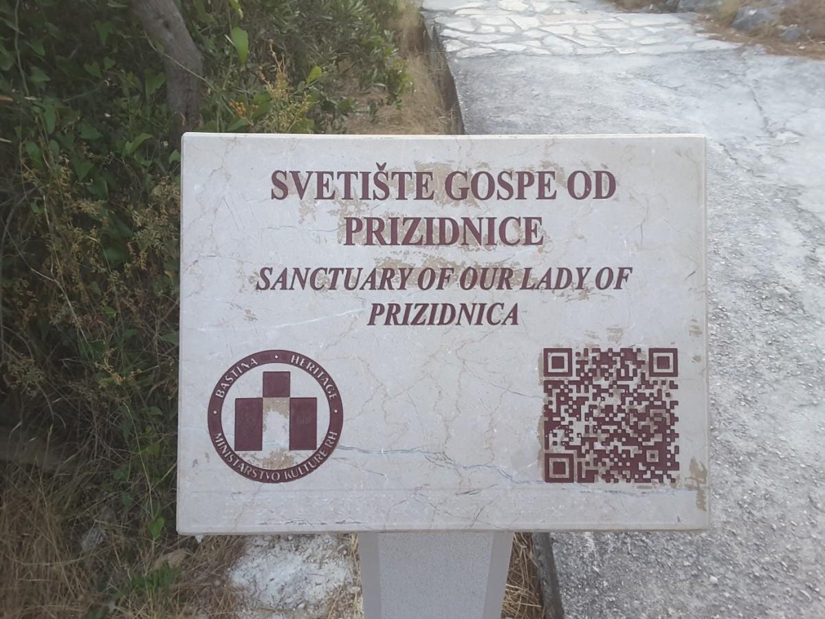 Zdjęcia: Ciovo, Dalmacja, Kościół Naszej Pani z Prizidnicy - początek ścieżki , CHORWACJA