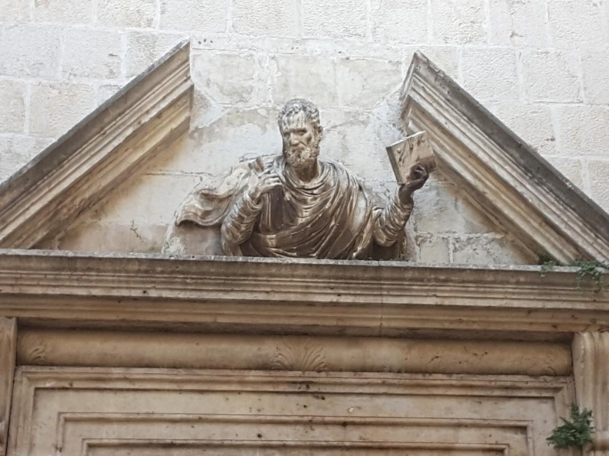 Zdjęcia: Trogir, Dalmacja, Nad wejściem do Kościoła św. Piotra, CHORWACJA