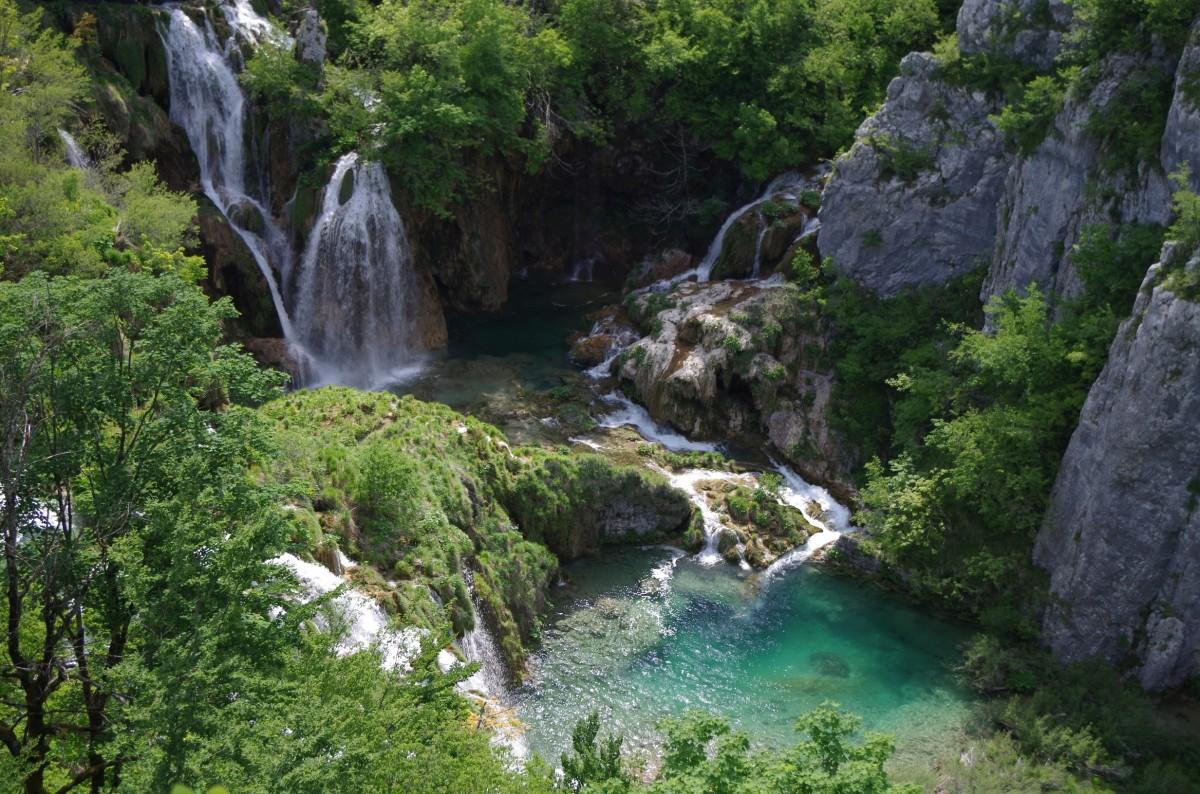 Zdjęcia: Jeziora Plitwickie, Plitvicka Jezera, Covidowa Chorwacja, CHORWACJA