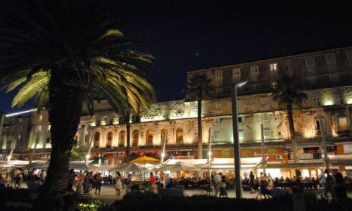 Zdjęcie CHORWACJA / Dalmacja / Split / Split nocą
