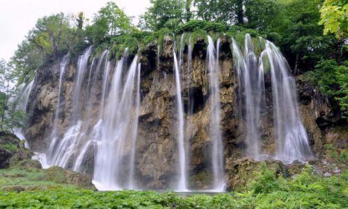 Zdjecie CHORWACJA / Kvarner / Park Narodowy Plitwickie Jeziora / Wodospad