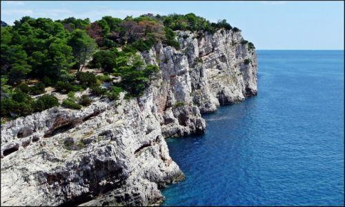 CHORWACJA / Dalmacja / Archipelag Kornati / Klify Kornati