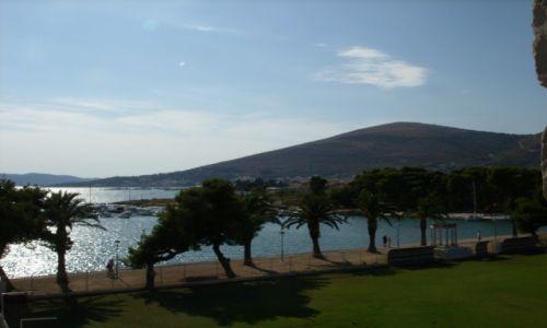 Zdjecie CHORWACJA / Dalmacja / Trogir / Zatoczki