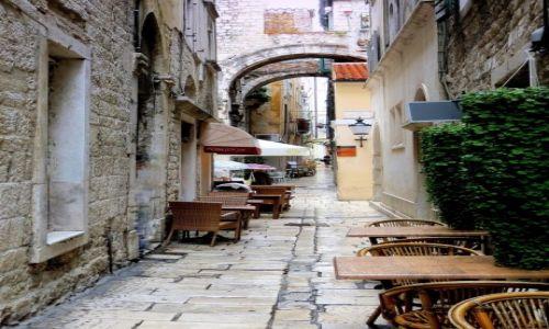 Zdjęcie CHORWACJA / Dalmacja / Split / w kroplach deszczu...