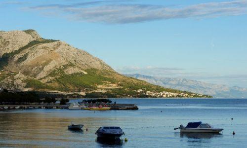 Zdjecie CHORWACJA / Dalmacja / w drodze ze Splitu do Makarskiej / przemierzając Jadrankę...
