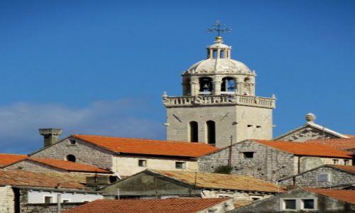 Zdjęcie CHORWACJA / Dalmacja południowa / Korčula / nad dachami Korčuli...