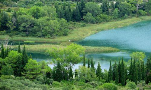 Zdjecie CHORWACJA / Dalmacja / Baćinska Jezera / w morzu zieleni...