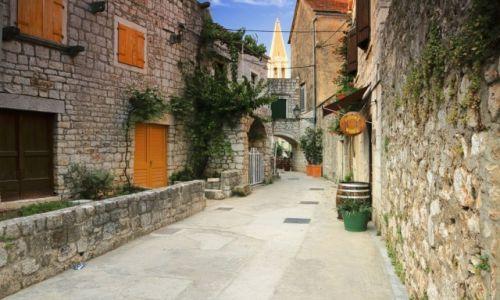 Zdjęcie CHORWACJA / Środkowej Dalmacji -Hvar /  Stari Grad  /  Stare kamienne uliczki Starego Gradu