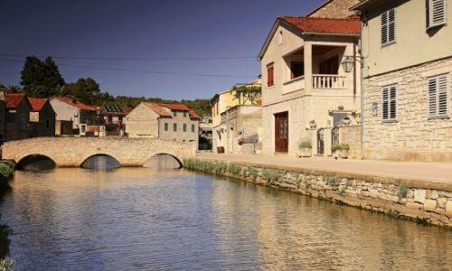 Zdjecie CHORWACJA / Środkowej Dalmacji -Hvar / Vrboska /  Położona pomiędzy miastami Jelsa i Stari Grad