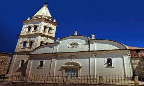 Zdjecie CHORWACJA / Środkowej Dalmacji -Hvar / Jelsa / Wczesnogotycki kościół