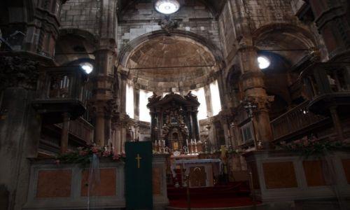 Zdjecie CHORWACJA / Dalmacja / Szybennik / ołtarz katedry w Szybenniku