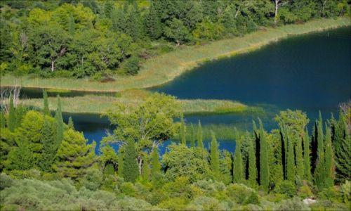 Zdjecie CHORWACJA / Dalmacja / Baćinska Jezera / soczysta, rajska zieleń...