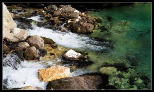 Zdjecie CHORWACJA / środkowa Chorwacja / okolice Knina / tylko tu płynie życie...