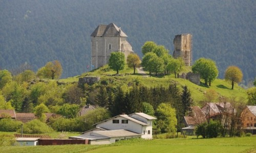 Zdjęcie CHORWACJA / Zupania Licko Senska / Sokolac / Sokolac, zamek z XIV w.