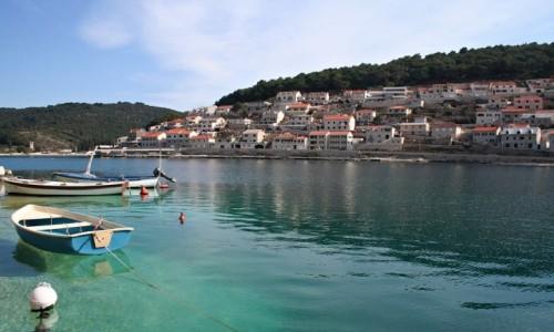 Zdjęcie CHORWACJA / Dalmacja / Wyspa Brač / Miasto Pušičća