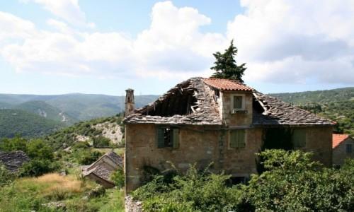 Zdjęcie CHORWACJA / Dalmacja / Wyspa Brač / Ruiny domu