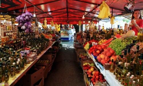 Zdjecie CHORWACJA / Trogir / Targ owocowo-warzywny / W smacznych bar
