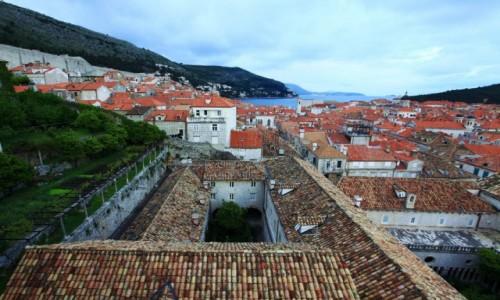 CHORWACJA / Po�udniowa Dalmacja / Dubrovnik / Mury, dachy i ogrody