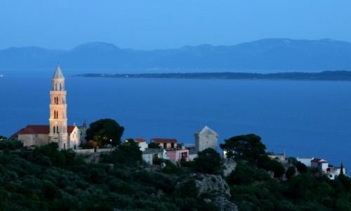 Zdjęcie CHORWACJA / Dalmacja / Igrane / Igrane wieczorem