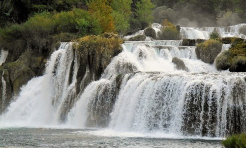 Zdjęcie CHORWACJA / Dalmacja / Park Narodowy KRKA / Wodospady na rzece KRKA