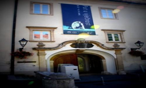 Zdjęcie CHORWACJA / - / Zagrzeb / Galeria Klovićevi dvori