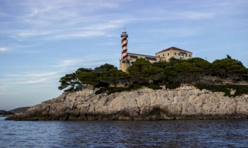 CHORWACJA / Kornaty / Vela Sestrica / latarnia Tajer na wyspie Vela Sestrica