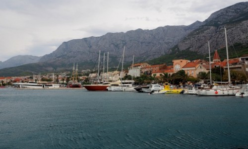 Zdjecie CHORWACJA / Riviera Makarska / port Makarska / miejsce szczególne...