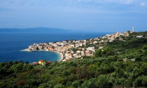 Zdjecie CHORWACJA / Riviera Makarska / Igrane / biały, niebieski, zielony...
