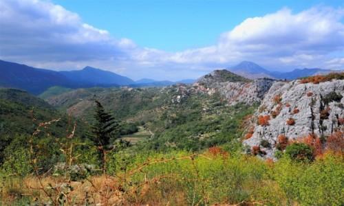Zdjecie CHORWACJA / Dalmacja środkowa / Kanion Cetiny / resztki lata...