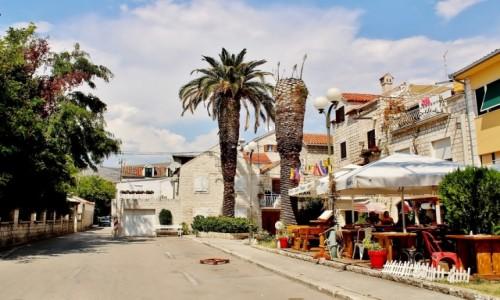 Zdjecie CHORWACJA / Dalmacja / Trogir / Ulica w Trogirze