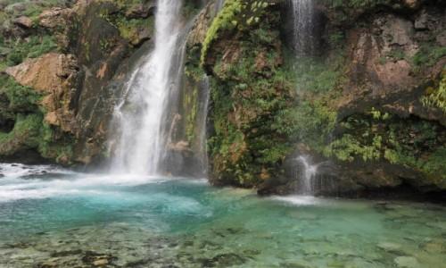 Zdjecie CHORWACJA / środkowa Chorwacja / wodospad Krcic, okolice Knina / zimno, ale kolorowo...