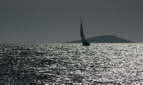 Zdjecie CHORWACJA / p�nocna Dalmacja / morze / �agiel