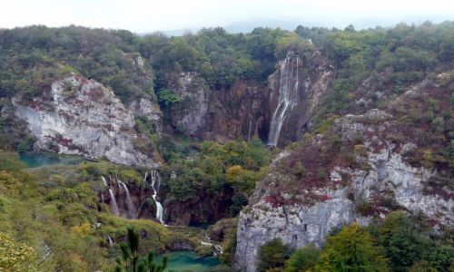 Zdjęcie CHORWACJA / Bałkany / Plitwickie jeziora / Wodospad