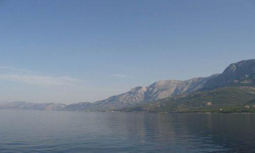 Zdjecie CHORWACJA / Dalmacja / Ze statku Calipso na klify Gór Biokovo nad Makarską / Chillout nad Adriatykiem