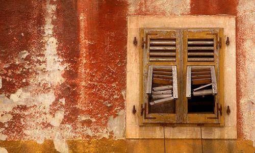 Zdjęcie CHORWACJA / Pula / Pula / okiennica :)