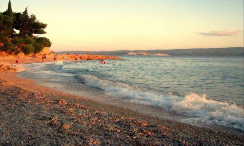 Zdjecie CHORWACJA / Dalmacja  / Omiś / zachód słońca na wybrzeżu