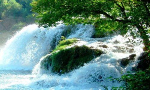 Zdjecie CHORWACJA / Wodospady Krka położone w Parku Narodowym  / Park Narodowy KRKA / Kaskada i jej piekno