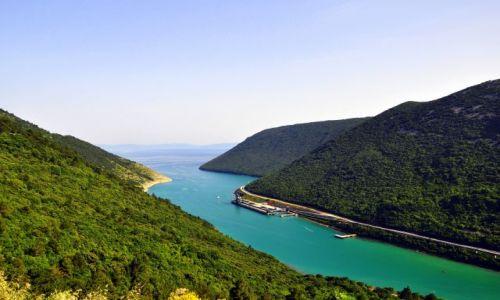 Zdjecie CHORWACJA / Płw. Istria / Plomin / Plomin - widok na zatokę