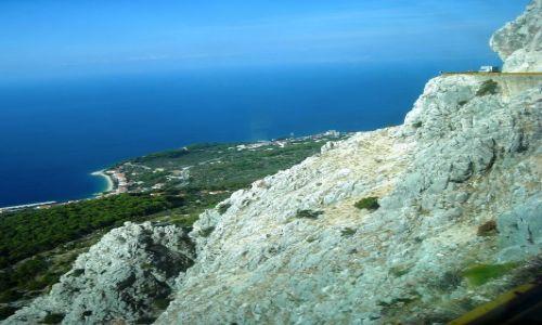 Zdjecie CHORWACJA / Dalmacja / Riwiera Makarska / jadąc