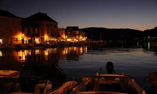 CHORWACJA / Dalmacja / Stary Grad na wyspie Hvar / Rejs w Chorwacji - jeden z wielu