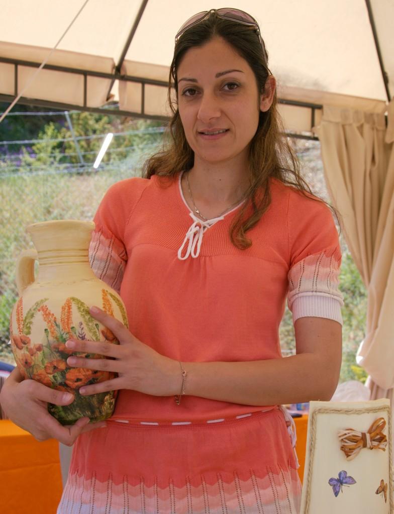 Zdjęcia: Agros, Pitsilia, Ceramika w kwiaty i motyle, CYPR