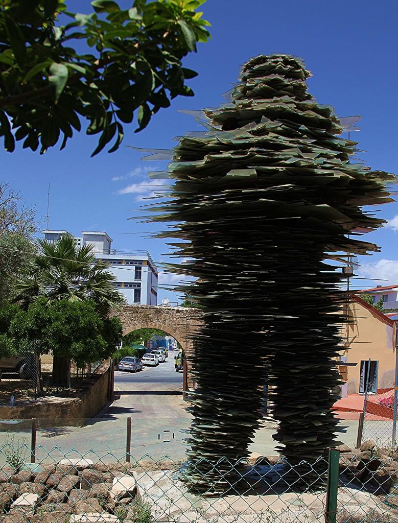 Zdjęcia: Brama Ammochostos , Nikozja, Poeta, rzeźba ze szkła , CYPR