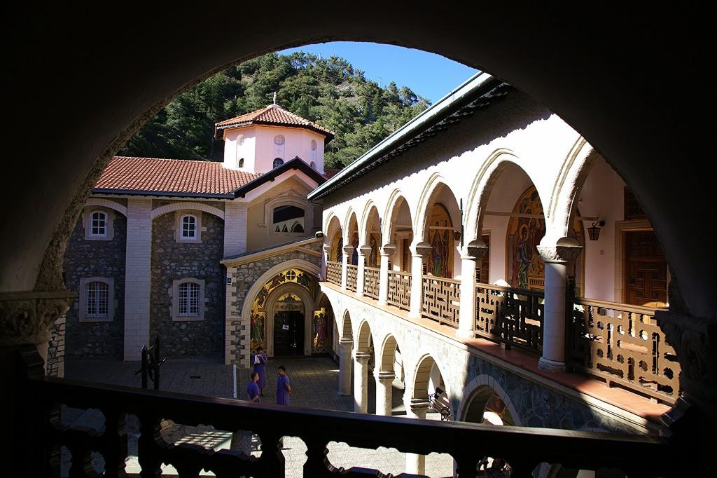 Zdjęcia: Klasztor Kykkos, Góry Troodos, Dziedziniec, CYPR