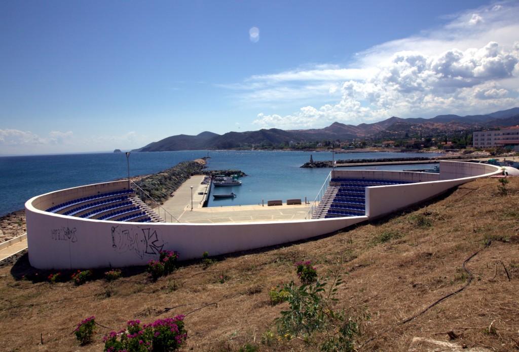 Zdjęcia: Pyrgos , Tylliria, Teatr w antycznym stylu, CYPR
