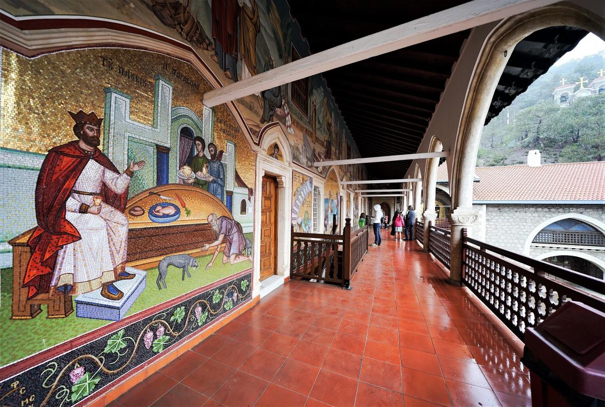 Zdjęcia: ., Góry Troodos, W klasztorze Kykkos, CYPR