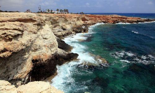 Zdjecie CYPR / Ayia Napa / W drodze na Cape Greco / Spacerując brzegiem