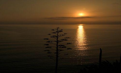 Zdjęcie CYPR /  Polis Chrysochous  / Łaźnie Afrodyty / O wschodzie
