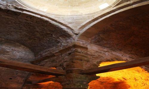 Zdjęcie CYPR / Kyrenia  / Zamek / Swiątynia, konstrukcja sklepienia